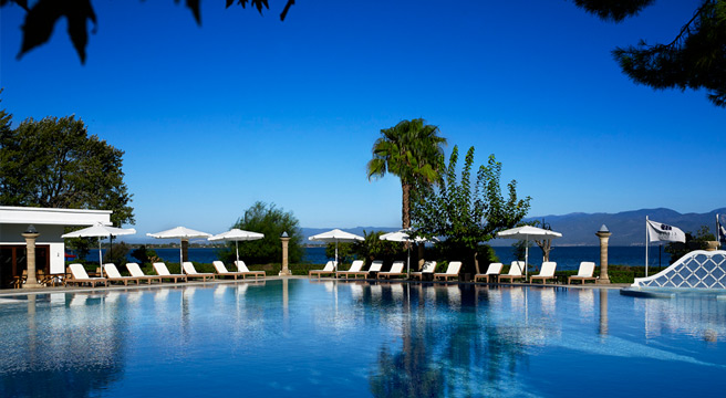luxury for singles holidays to Portugal – Olhão by